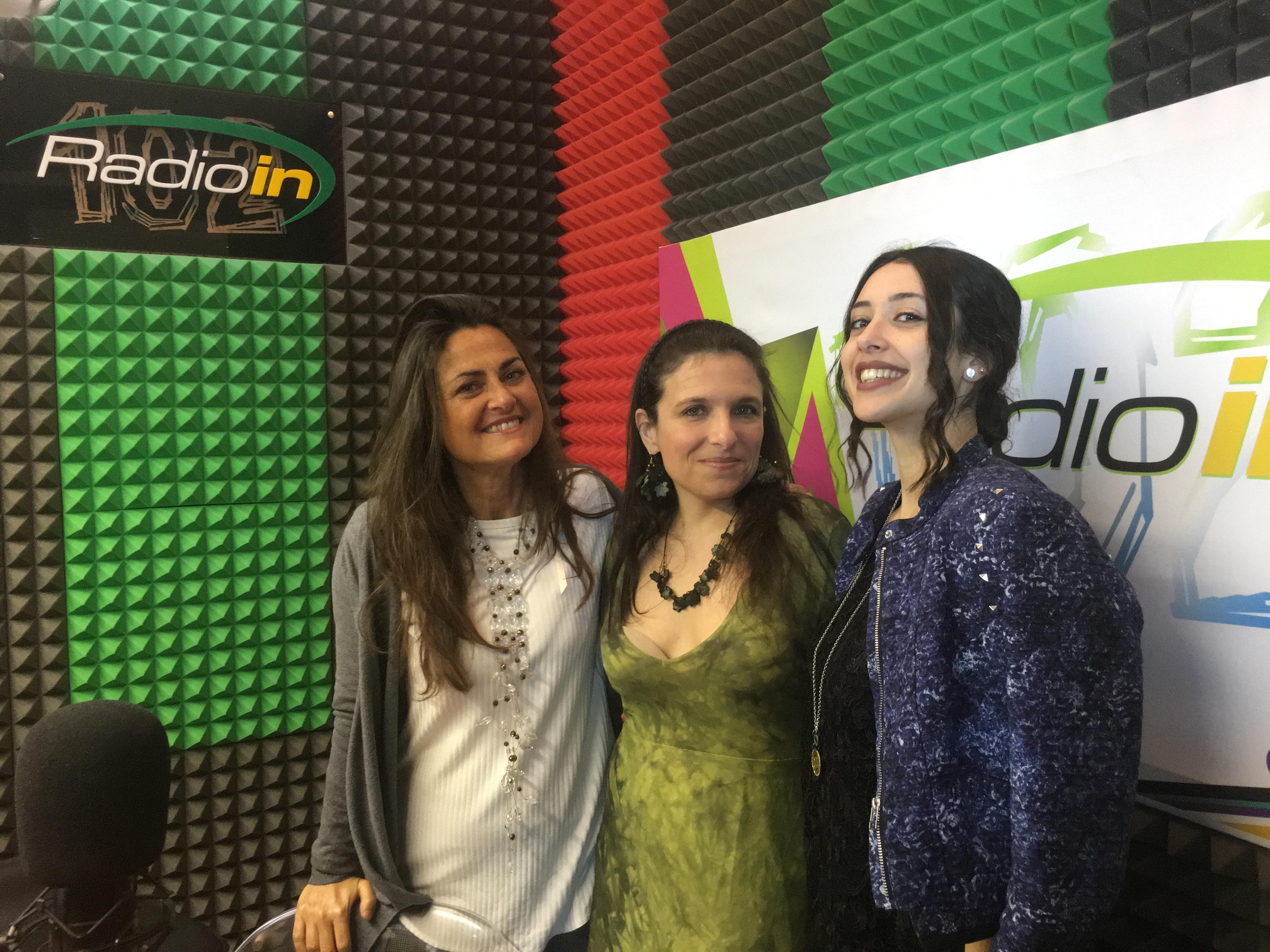 Milvia Averna e Sara Priolo con la stilista Roberta Lo Jacono
